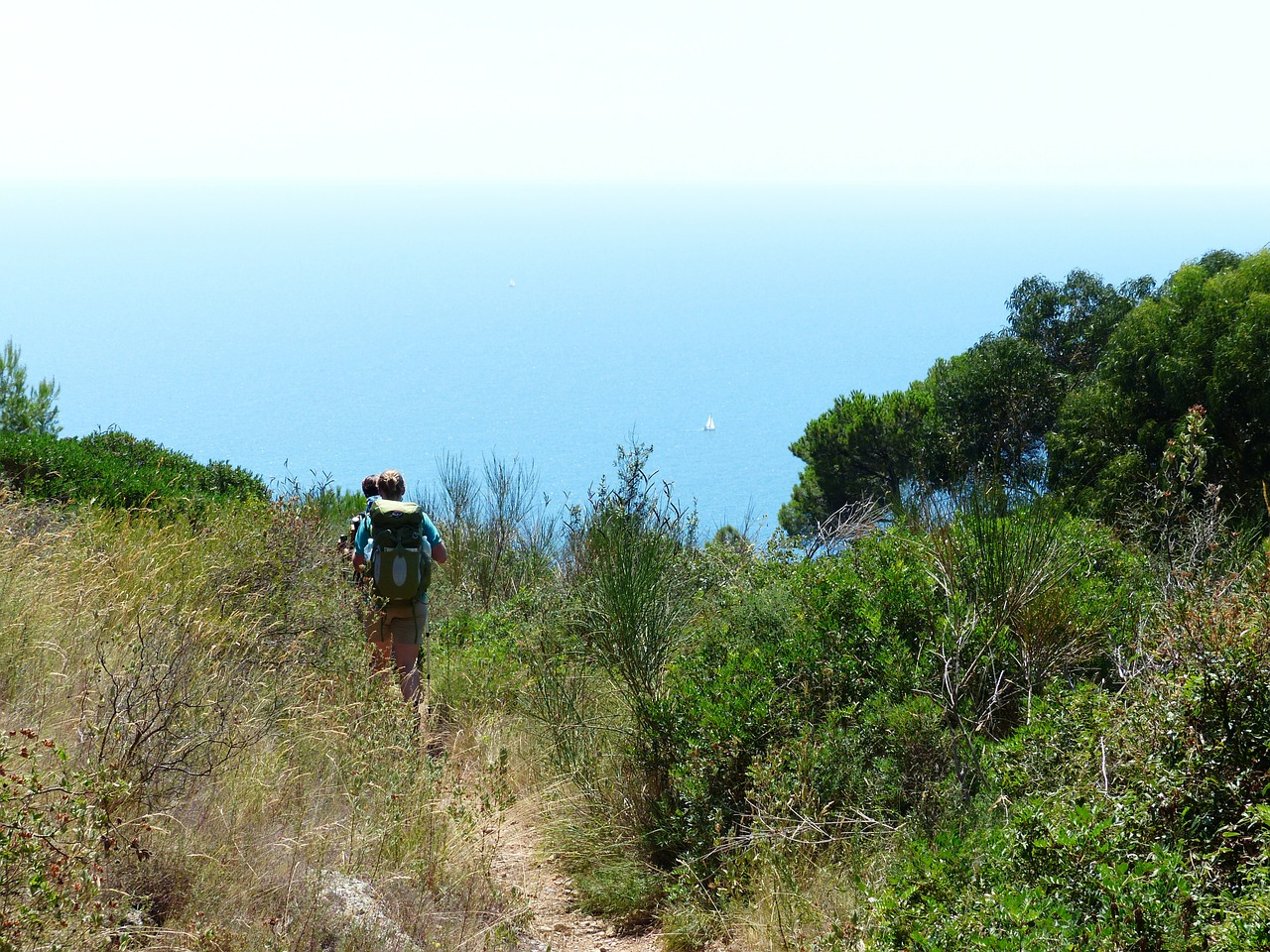 I sentieri della Provincia di Savona, fra verde e blu